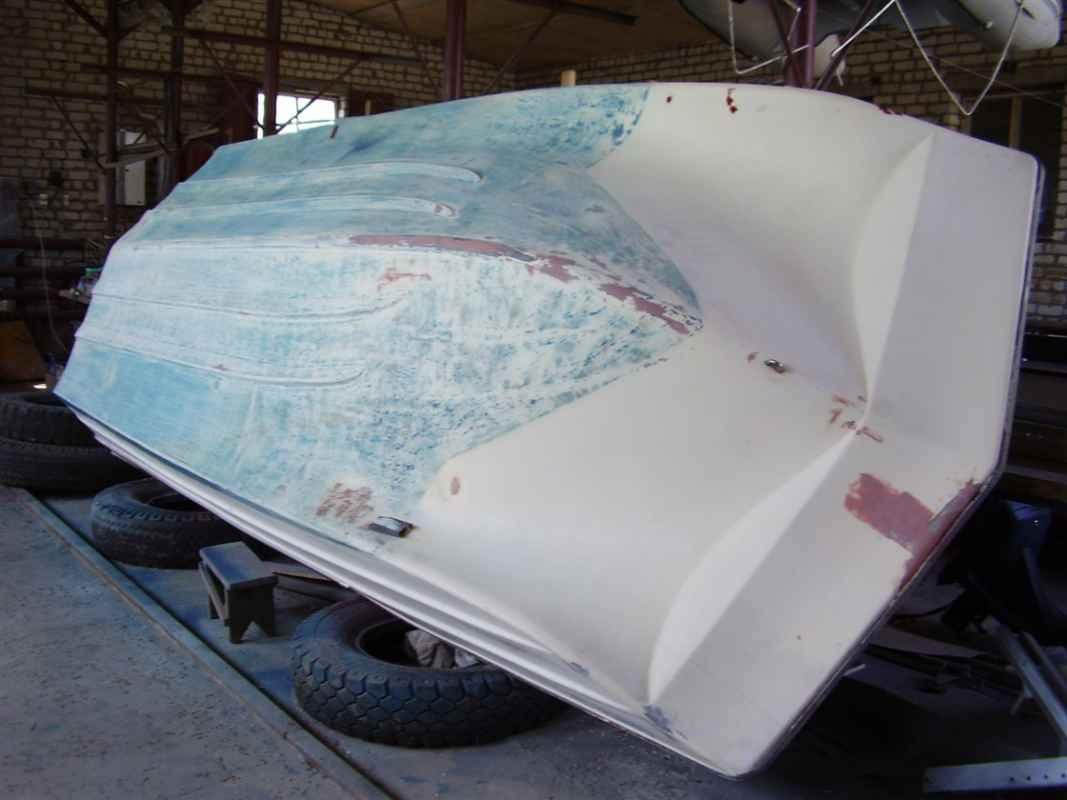 Чем ремонтировать пластиковую лодку
