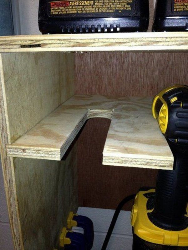 Cordless-Drill-Storage-And-Charging-Station-03.jpg